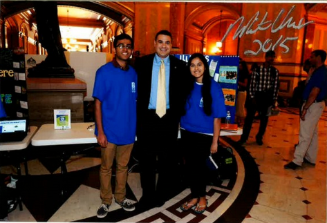 IL State Rep, Mike Unes with IVS Students at Tech2015